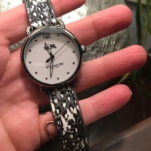 Authentic COACH snake lea leather wrist watch. NWT